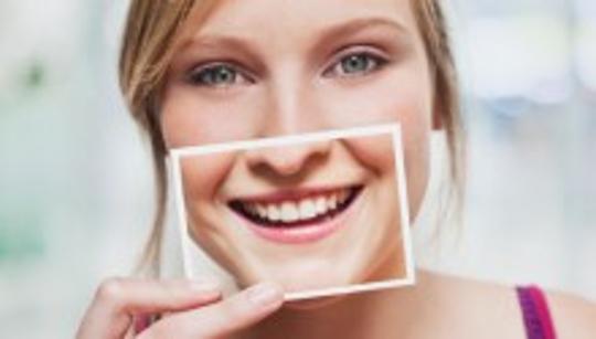 Sorriso pode abrir portas inimagináveis, experimente!